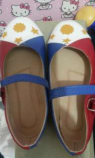 Flag shoes (size 28)once lng nagamit
