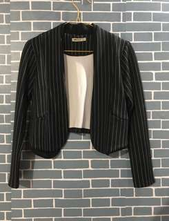 Crop blazer black
