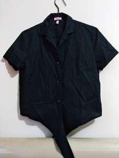 Black Shirt (Kemeja Crop Hitam)