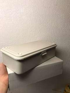 🚚 無印良品 鐵盒 米白