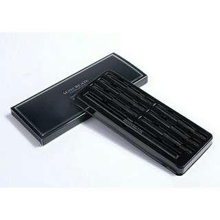 🚚 買一送七 眉筆+替換芯(黑色)