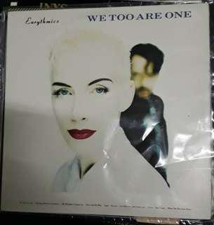 LP Record Vinyl Eurythmics - We too are One VG+/NM