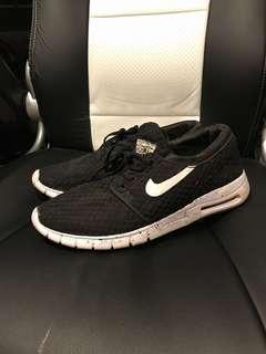 Nike janoski size 11US (unauthentic)