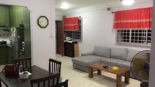 4 room unit for rent