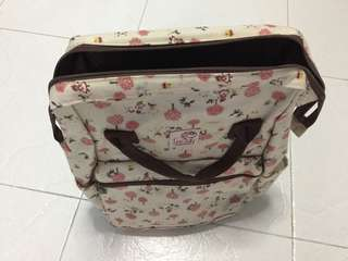 Brand New Made in Taiwan 38cm x 30cm Back Pack going cheap for $8 only