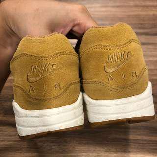 🚚 Nike max 1