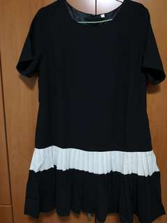 Black dress with pleated end