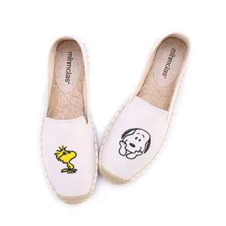 f1037c000d Snoopy and Woodstock