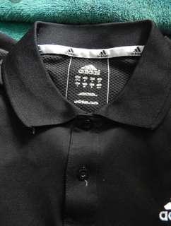Polo Shirt Adidas Hitam size M.