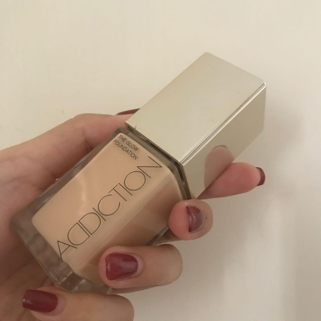 Addiction the glow foundation
