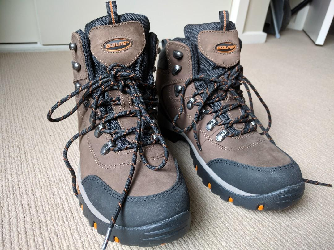 923fbb68bfd Ecolite boots, Men's Fashion, Footwear on Carousell
