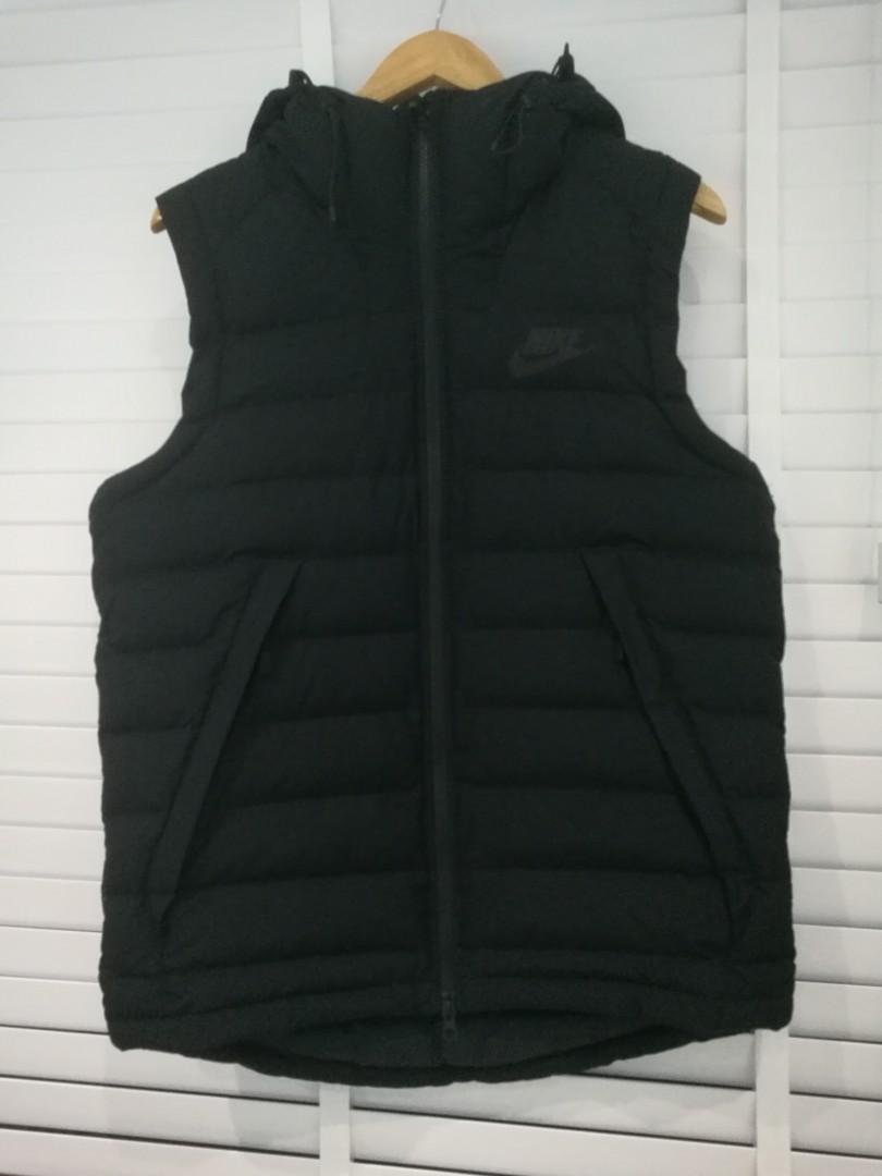 9f36a3a50b07 Nike mens puffer hooded vest