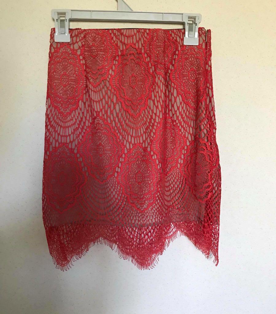 Red lace fitted skirt