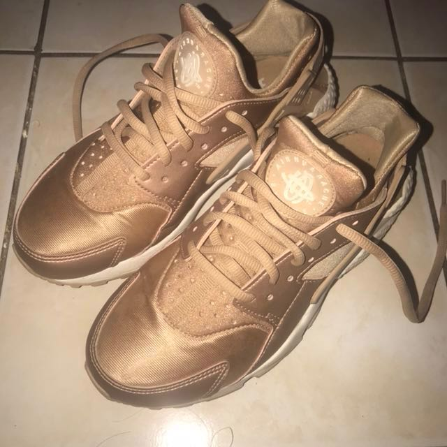 newest 8cb1a ead6c ... coupon nike air huarache rose gold japan bought us size 6.5 womens  fashion shoes on carousell