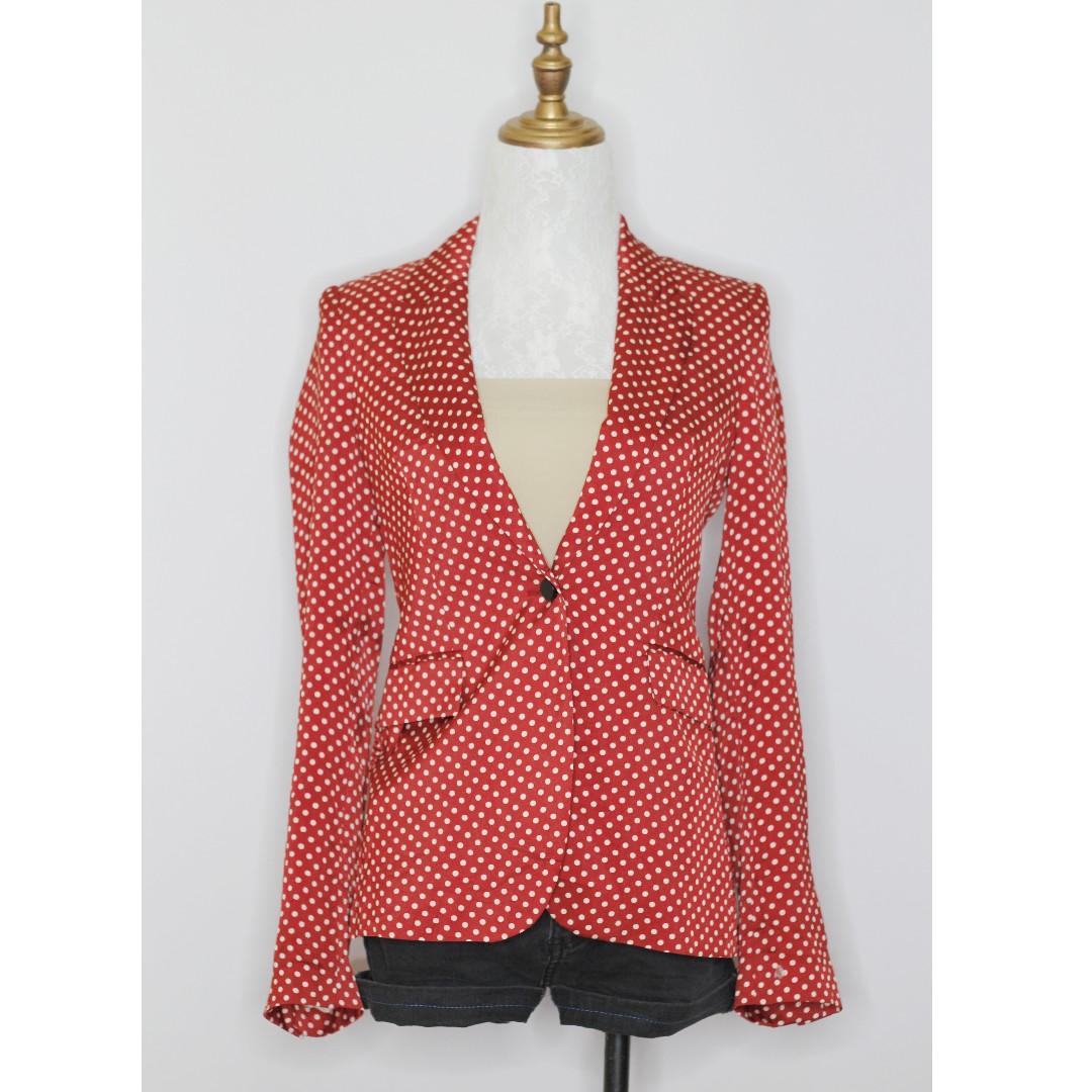 What glyndebourne to wear