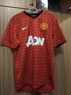 Manchester United Nike AON medium  jersey