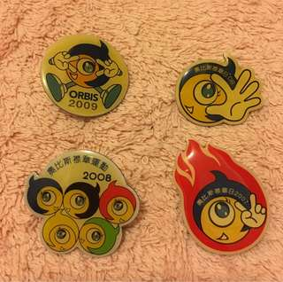 4個絶版奧比斯襟章