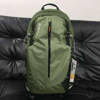 Vanguard DSLR Backpack kinray Lite 48GR
