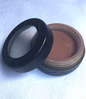 🚚 M.A.C加拿大🇨🇦製緞絲質感粉豆沙色眼影.只用過幾次.