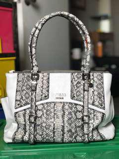 Reprice !!!! Guess roomy bag snake skin