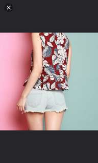 AWE Kandall Floral Pleat Top in Size M, All Would Envy