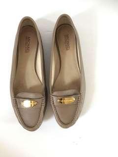 Michael Kors Leather Loafer Beige Flats Moccasin Size 11 M