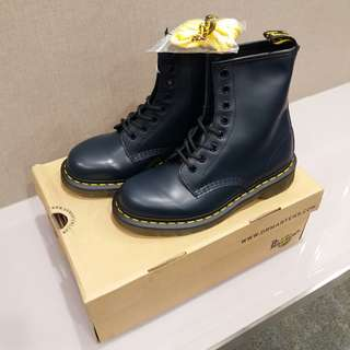 全新 Dr Martens 1460 Classic Navy Smooth 8-eye Boots 8孔深藍色馬丁鞋 UK4, EU37