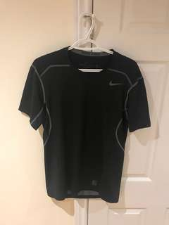 Nike Pro Hypercool Fitted Shirt