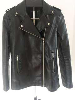 Glassons Long&Oversized leather jacket High Quality. Bought @ $129 selling @ $39 Size S