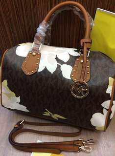 Michael Kors Bag High and quality (complete conclusion)