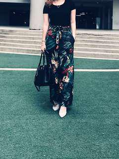 Casual floral pants (preorder)