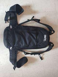 Evo bag with back protector