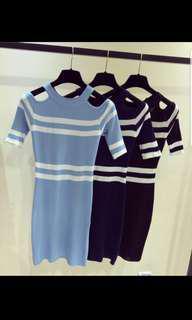 🚚 Knitted cold shoulder dress