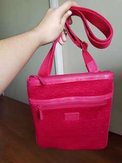 💯Michael Kors Neoprene Sling Bag (Red)
