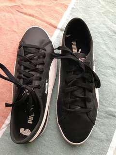 Puma sneaker shoe