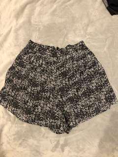 Jaggar print shorts