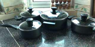 Set of Tefal pots with lids