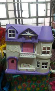 Musical doll house for sale