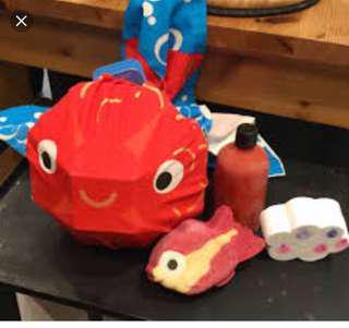 🈹🈹🈹 Lush Big Fish 沐浴set