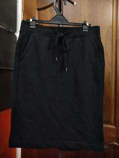 黑色及膝休閒棉裙