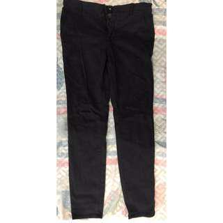 H&M BUTTON DOWN SKINNY BLACK PANTS
