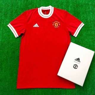 b33f98168 全新限量版2018 曼聯復古球衣Manchester United Icon Jersey CV8102 Limited Edition with  Box