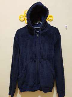 Jaket bludru hoodie