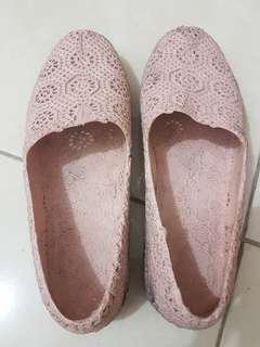Sepatu size 40
