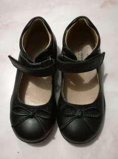 Dr Kong Black Shoes