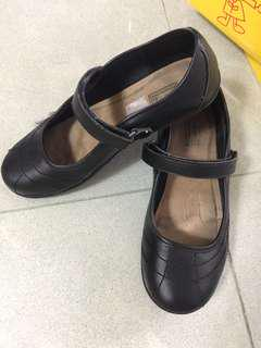 School shoes (leather)