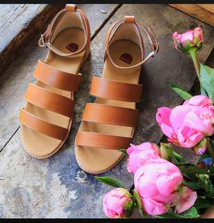 Bared Wattle leather sandals tan