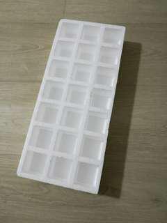 Styrofoam box for 洞洞乐