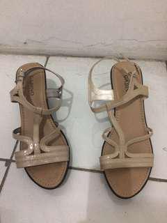 Sepatu sandal wedges Gabino