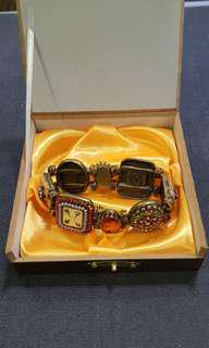 Vintage beautiful costume jewellery fanciful bracelet .